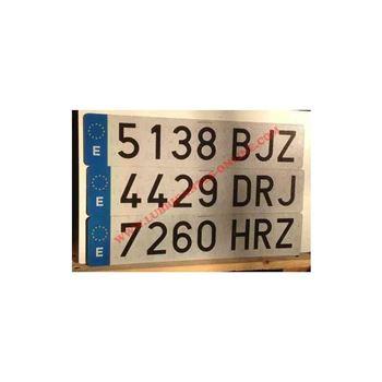 placa-de-matricula-hiltek-520x110